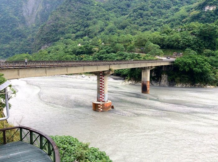 Day Transportation Tree Outdoors Built Structure No People Architecture Nature Riverbank River Collection Taiwan Beautiful Scenery Serene Tranquil Outdoors Water Flow
