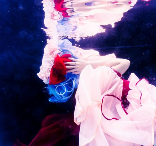 See no evil, hear no evil, speak no evil. Underwater One Woman Only Beauty One Person People Only Women Water Remilia Scarlet Touhou Project Cosplay Portrait Girl Asdgraphy Vampire Loli Adult Water Floating The Portraitist - 2017 EyeEm Awards