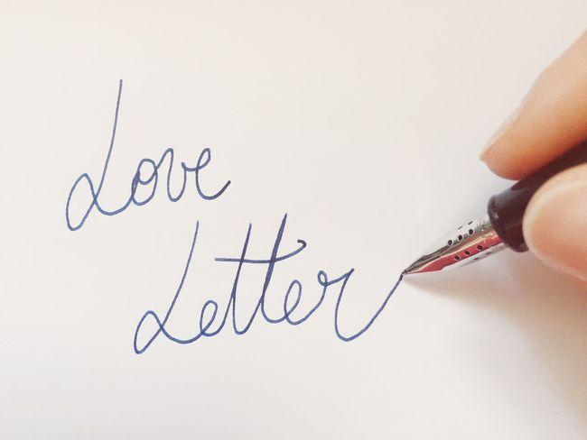 Love Love Letter Letter Writing Write Fingers Pen Fountainpen Lovers Handwriting