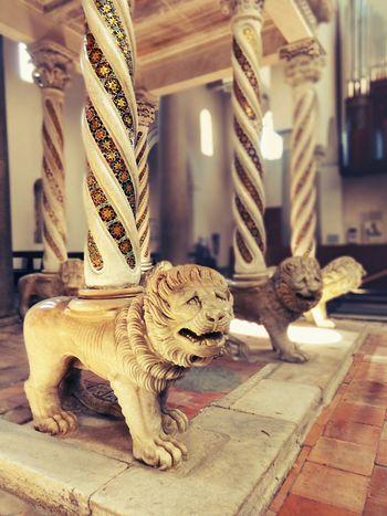 равелло лев  Leone Medievale Средневековье средневековье в италии скульптура Duomo Ravello