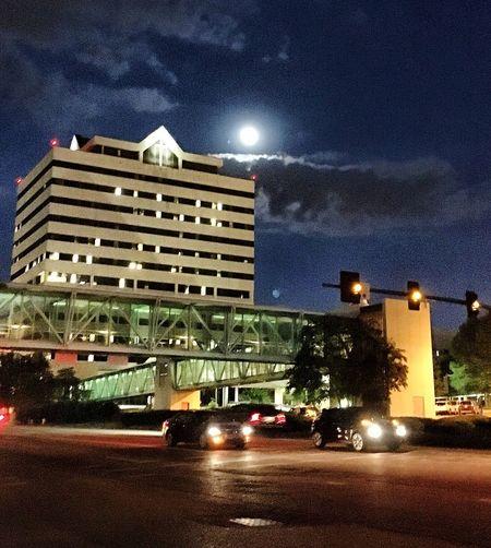 Jacksonms Hospital Full Moon Night Sky Stoplights