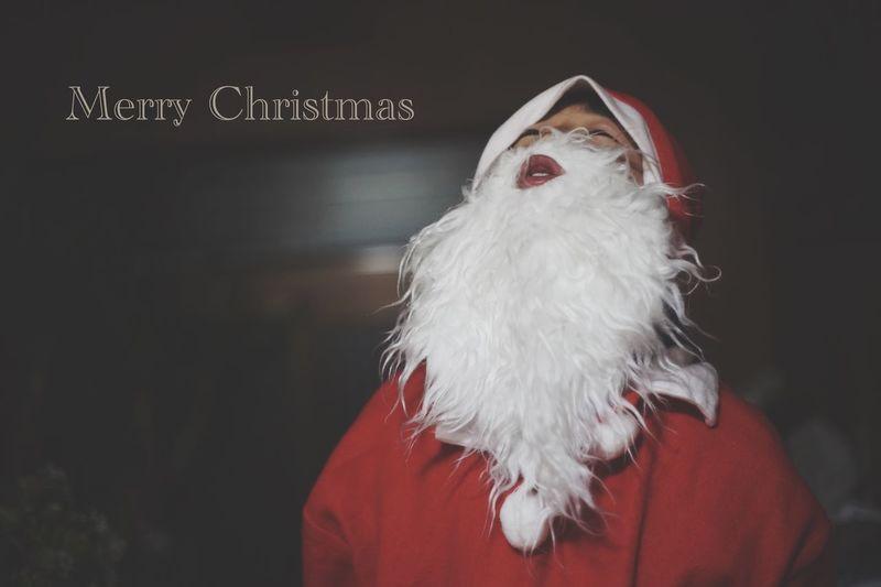 Christmas Santa Hat Red Portrait EyeEm Beautiful Light And Shadow 東京カメラ部 Photoshoot Japan EyeEm Best Shots EyeEmBestPics クリスマス サンタクロース