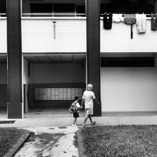 Title: Going home. Sometimes, it's these small acts that warms my heart. Instamood Tenchoujoe Bestoftheday Sgparadise Igers IGDaily Instagramers Instagood Instagramhub Webstagram Street Instadaily Streetphotography Ignation Singapore Igsg Photography Instahub Photooftheday Instagramsg Picoftheday Instasg Sg Sgig ASIA Sginstagram