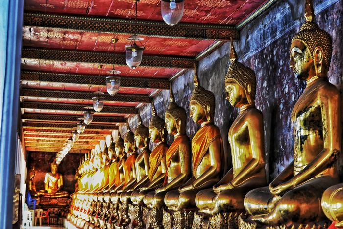 Thailand Travel Religion Indoors  Spirituality No People Gold Colored Low Angle View Illuminated Place Of Worship Statue Golden Color Gold Travel Destinations Sculpture Architecture Day EyeEm Thailand Thailand Photos Thailandtravel EyeEm Team Watarunbangkok Bangkok Thailand.