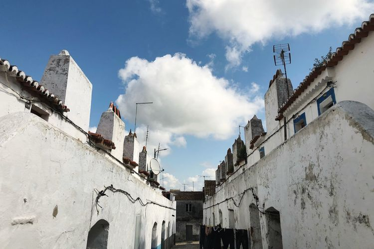 Building Exterior Architecture Built Structure Sky Cloud - Sky Building Low Angle View Nature Residential District No People Old Religion Wall - Building Feature History City Day Sunlight Belief Outdoors The Past