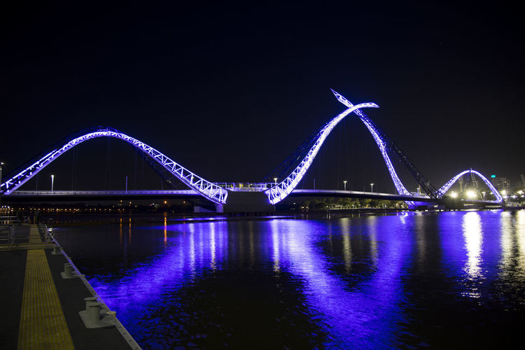 Matagarup Bridge Perth Australia Matagarup Bridge Swan River Illuminated Waterfront City