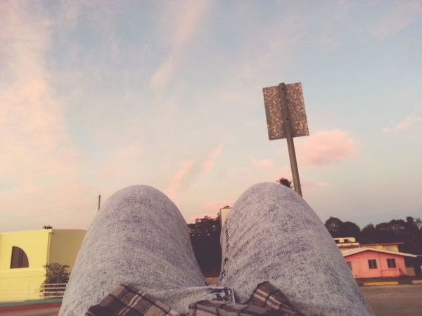 That's Me Relaxing Check This Out Taking Photos Hanging Out Enjoying Life Hi! Hello World Sunset Outfitonfleek Plaid Shirt  Boots N Jeans Gal💝