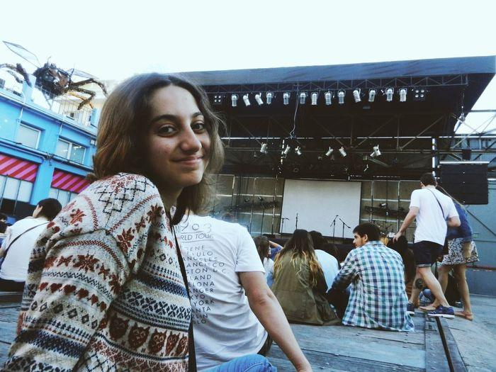 Sonrisa Smile Quién tuvo la idea de perfección? PerotáChingó Concert