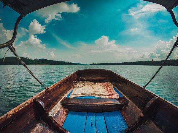 ลงเรือ Water Sky Cloud - Sky Nature Sea Blue No People Day Nautical Vessel Tranquility Beauty In Nature Outdoors Sunlight Scenics - Nature Land Rope Swimming Pool Tranquil Scene Beach Reflection