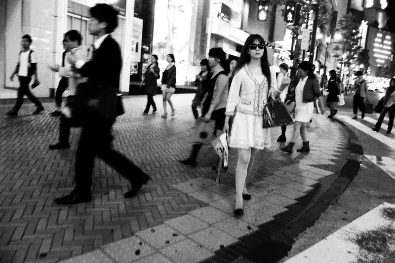 Ultimate Japan Streetphoto_bw Streetphotography_bw Blackandwhite Monochrome Streetphotography NEM Black&white Street Life Flaneur Streettogs