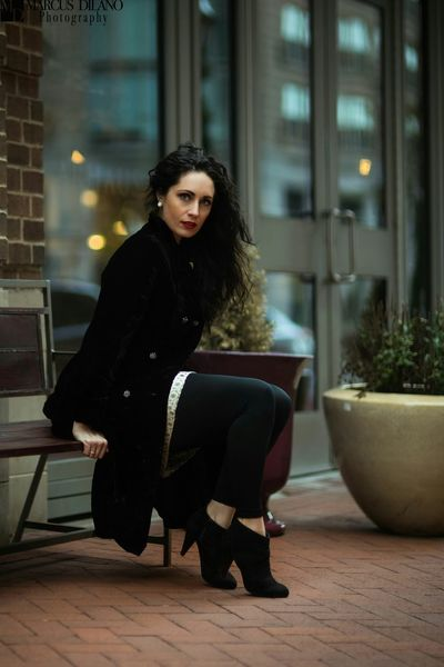 Beauty in black EyeEm Woman Fashion Photography EyeEm Best Shots Eye4photography  Fashion Photography Photoshoot Model Modeling Beautiful Color Portrait Popular Photos Maryland Portrait Of A Woman