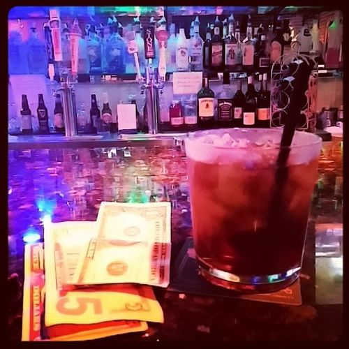 My kinda night with good company:) @lilygagaa @darew Oceanside Tremontstreet Drinks Fridays jackncoke