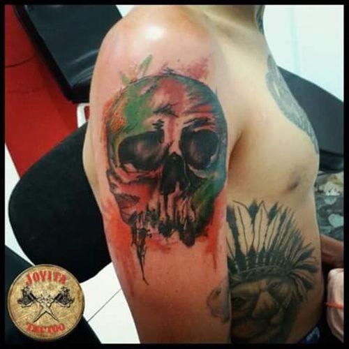 Jovita Tattoo Studio Informações e agendamentos : ( 73 ) 8861 - 1210 Tatuador : Jovita Tattoo Aceitamos cartões de crédito. Jovitatattoostudio Electricink Everlest Maquinaspf