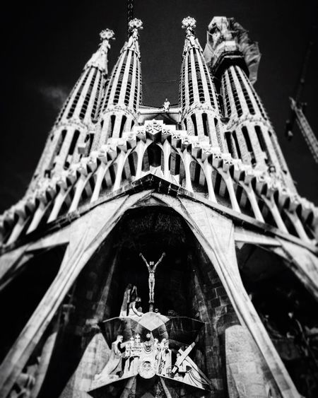 Religion Spirituality Place Of Worship Church Low Angle View Architecture Built Structure Cathedral Building Exterior Travel Destinations Famous Place Arch Tourism Culture Outdoors History Gothic Style Sky Façade Architectural Feature Blackandwhite Gregphoto Church Architecture Gaudi