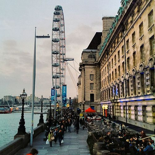 it's nice having to walk after work with the days having sunlight for longer! London LondonEye Thisislondon Shutup_london