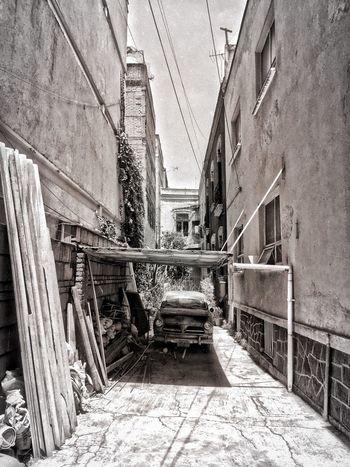 Clasic. Clasic Blackandwhite Streetphotography Streetphoto_bw