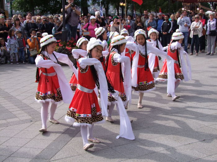 Chinese Children Dance Troupe Budapest Children Composition Dancing Fun Hungary Tourist Attraction  Capital City Children Only Chinese Dancers Crowd Dance Troupe Dancers Festival Full Frame Girls Large Group Of People Lifestyles Outdoor Photography Performance Real People Red And White Colour Sunlight And Shadows Togetherness Travel Destination