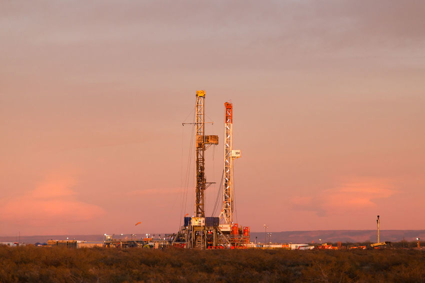 Derrick Dawn Dawn Of A New Day Derrick Drilling Drilling Rig Drilling Tower Fracking Fracking Industry No People Oil&gas Perforation Petrol Petroleum Sunrise Sunrise And Clouds Work Working