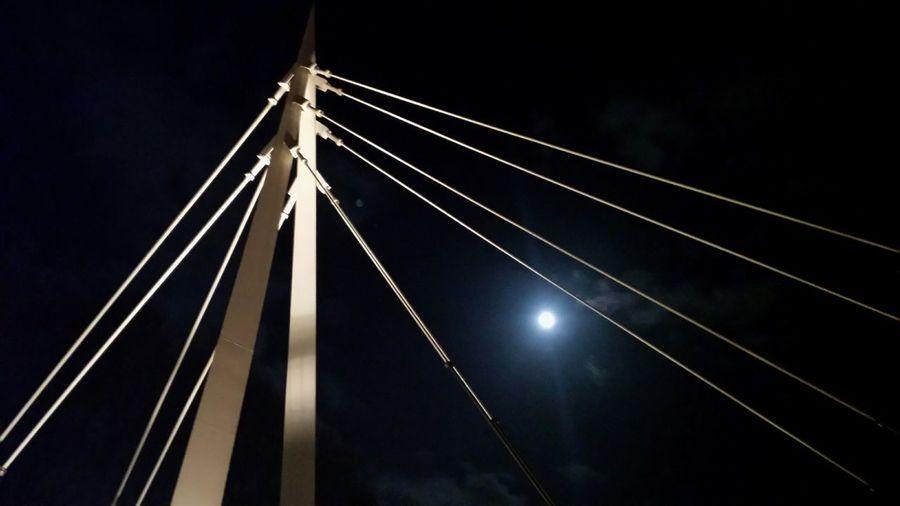 Groningen Beijum Nightphotography Moon NoEditNoFilter Myfuckinggroningen