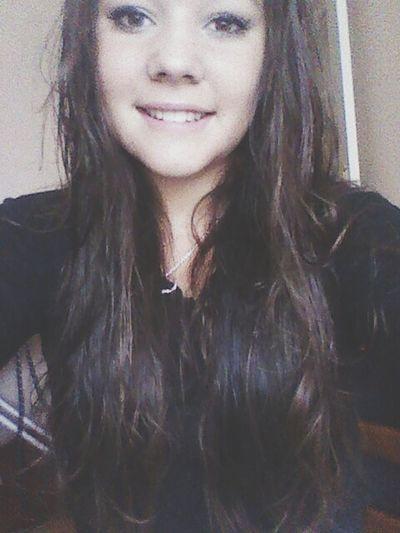 Je sourie parce que j'ai pas d'autres choix