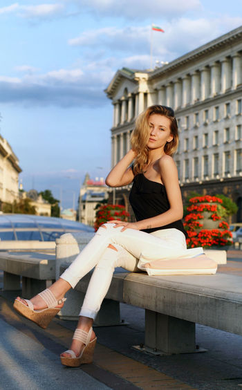 Casual Clothing Day Fashion Model Person Street Streetart Urrban