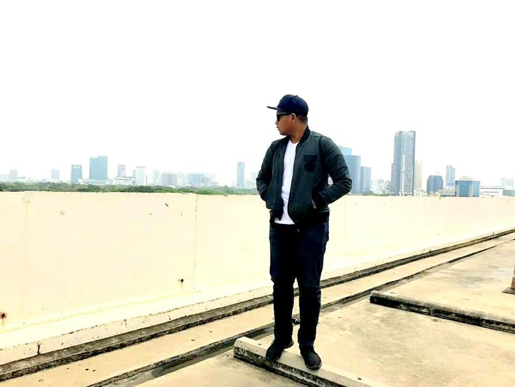 City Only Men One Man Only Cityscape Urban Skyline Business Skyscraper City Life One Person Adults Only Using Phone Wireless Technology One Young Man Only Portable Information Device Businessman Communication Smart Phone Men Adult Business Person EyeEmNewHere