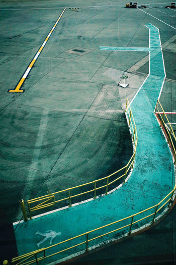 Everything In Its Place Lines&Design Postcode Postcards Airport Runway Airport Terminal Airportphotography Court Everybodystreet Handrail  Lines And Shapes Lines, Shapes And Curves Passageway View From Above