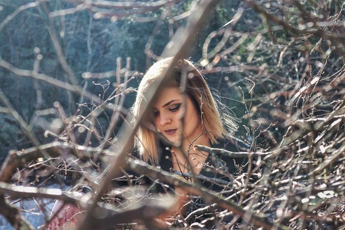 In The Wood Wood Brown Look Branches Brown Hair Make Up Make Up By Me Photography The Portraitist - 2017 EyeEm Awards