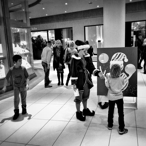 Shopping Mall Xmas Interludes Gdynia 19 December 2015 Iphone 6 Plus IPhoneography IPS2015Xmas Bnw_collection Bnw_life Bnw EyeEm Masterclass EyeEm Best Shots EyeEmBestPics Streetphotography Streetphoto_bw Xmas Shopping Mall Gdynia Poland City Life
