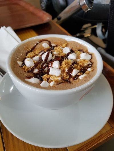 Marshmallows Chocolate♡ Frothy Drink Drink Cafe Hot Chocolate Coffee - Drink Coffee Cup Latte Dessert Whipped Hot Drink Beverage