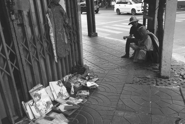 Real People Chinatown Yaowarat Thailand Roadside Day Outdoors Men People Adult Street Monk