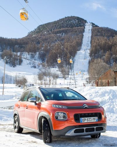 Aujourd'hui c'est ski Carspotting Car Parked Cars Parked Morninautos #hautesAlpes C3Aircross Skistation Station De Ski Serrechevalier C3 Aircross C3 Citroen C3 Aircross Citroen Citroenaircross Car Transportation Red Snow Winter Cold Temperature Outdoors