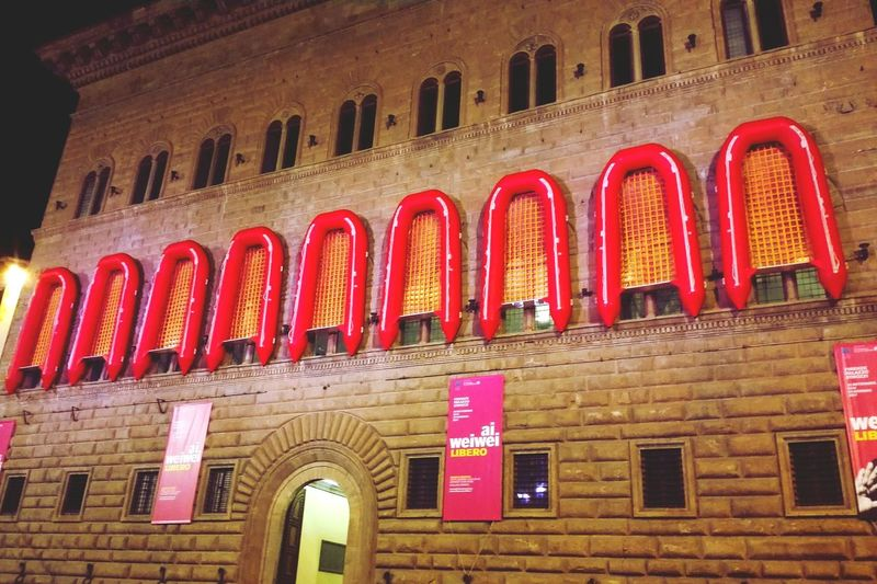 Palazzo Pitti Architecture Florence Italy Night Photography Nightcity Outdoors Tourism Picoftheday Vacations No People Withmylove♥ Red City Illuminated Beautiful Beautiful Day Love Florencebynight