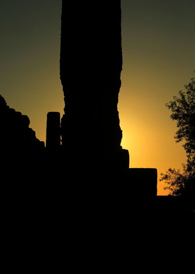 Aggrigento Ancient Ancient Civilization Architecture Built Structure Day History No People Outdoors Sicily Silhouette Sky Sunset Valle Dei Templi Valle Dei Templi (Agrigento) 400 A.C. Valle Dei Templi Sicilia Valley Of Temples Vintage Yellow