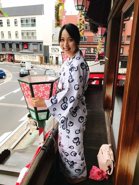 湯上りぼんやり Dougoonsen Matsuyama YUKATA Hot Spring Onsen Building Exterior One Person Lifestyles Outdoors Young Women Architecture Beautiful Woman Standing Portrait Smiling