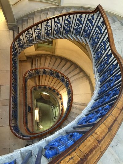 The World Needs More Spiral Staircases LONDON❤ Courtauld Gallery Spiral Staircase Spiraltribe