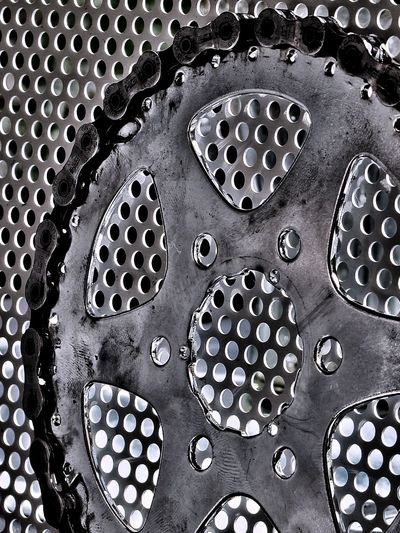 Chain and pinion one unit Pinion Chain Eyeemphotography Fotografia Fotografie EyeEmNewHere Bike Kette Metal Backgrounds Full Frame Pattern Circle Close-up