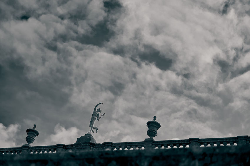 An off centre statue at Dyrham Park Black & White Black Nd White Cloud Statue Architecture Black And White Black And White Collection  Black And White Photography Building Exterior Built Structure Cloud - Sky Clouds Day Low Angle View Nature No People Off Centre Outdoors Roof Sculpture Sky Statues