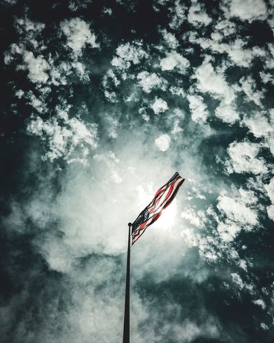 Raise your flag Atlantis NASA Masa Space Patriot America Ricardo Barbosa CFPRS Flag Sky National Nation Kennedy Space Center  Ksc Low Angle View Flag Patriotism Nature No People Sky Tree Stay Out