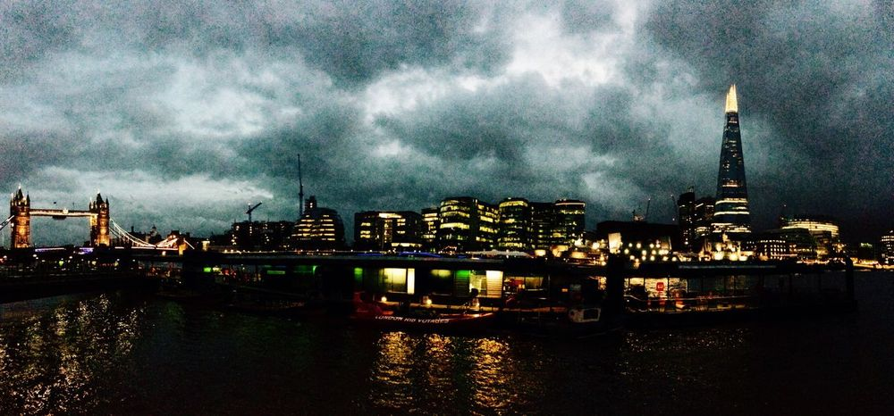 London Night Light Londonbridge The Shard Holiday Panorama Check This Out