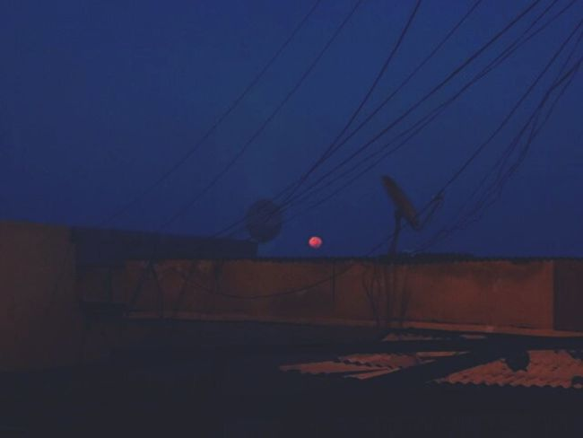 Early Morning Sky Lune Tungl
