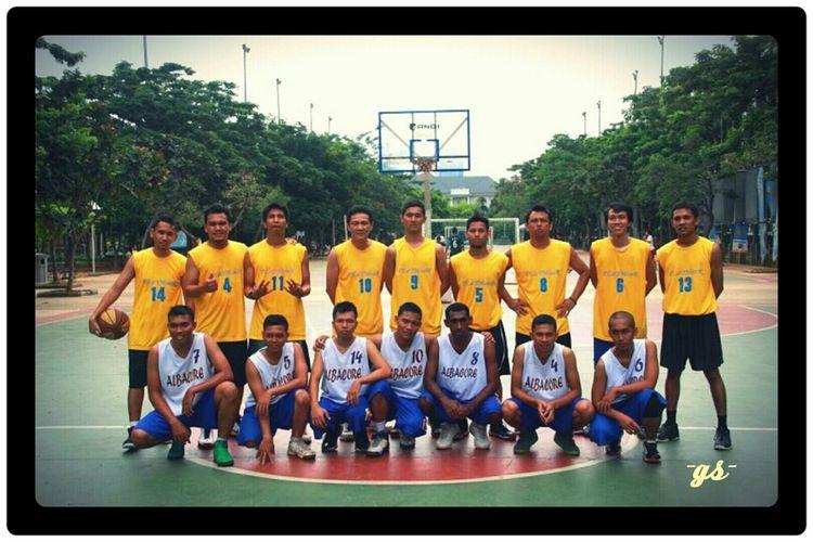 Team__(5) Basketball Portrait Enjoying Life