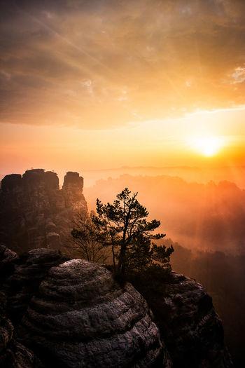 Beauty In Nature Mountain Nature Non-urban Scene Orange Color Rock Formation Scenics Sky Sun Sunlight Sunrise