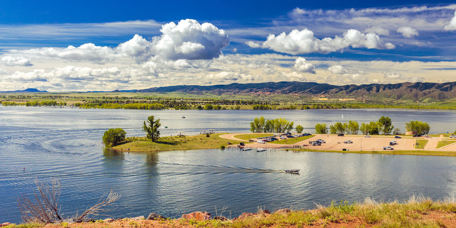 Boat Boating Chatfield Reservoir Chatfield State Park Cloud Cloud - Sky Colorado Flood Lakeshore Landscape Marina May 2015 Mountain Nature Non-urban Scene Outdoors Scenics Sky Sunny Water The Great Outdoors - 2016 EyeEm Awards