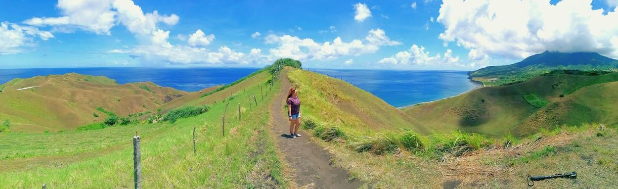 Wheninbatanes Batanes Islands Basco, Batanes BatANESSA Clouds Daydreamer Daydreamer ♥ Daydreaming Outdoors Solotraveler Travelsolo YOLO ✌ Single Singlewoman HillTopView View Hilltop The Traveler - 2018 EyeEm Awards Sea Beach Women Water Sand Panoramic Tropical Climate Walking Sky Landscape Horizon Over Water Calm Groyne Ocean The Great Outdoors - 2018 EyeEm Awards