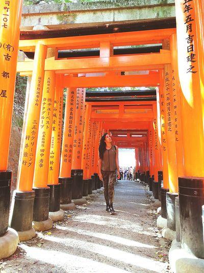 Fushimi inari kioto Kioto Fushimi Inari Taisha Full Length Men Walking Architecture Built Structure