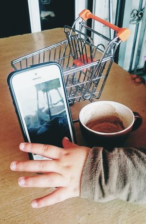 Lifestyles Shopping Trolley Cellphone Coffee Choose Hand Baby Hand Child Choice