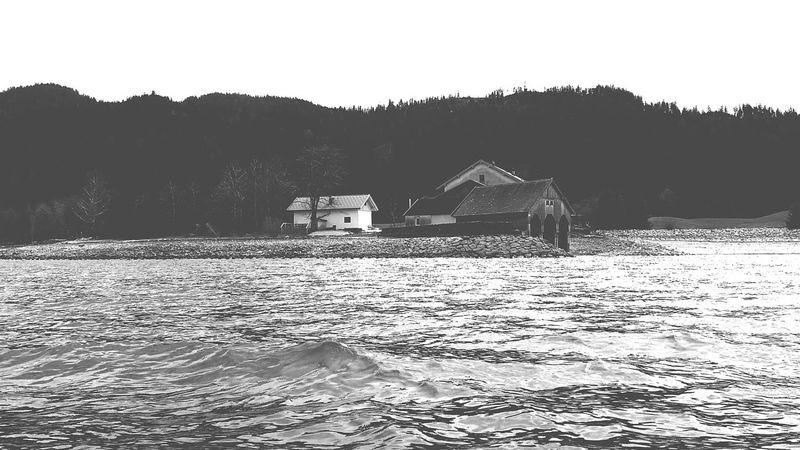 Seaside Taking Photos Hanging Out Fishing Walchensee Bavaria Windy Boatsmen Rip Herbert Enjoying Life