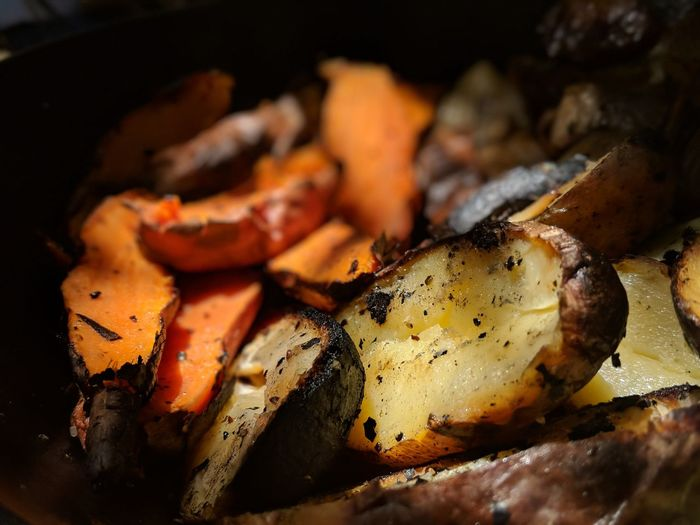 Barbecue Barbecue Grill Burning Close-up Dinner Fire Food Food And Drink Freshness Grilled Healthy Eating Heat - Temperature Indoors  Meal Meat No People Preparation  Ready-to-eat Selective Focus Vegetable Wellbeing