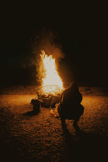 Light Bonfire Burning Camp View Flame Heat - Temperature Negative Space Night Outdoors